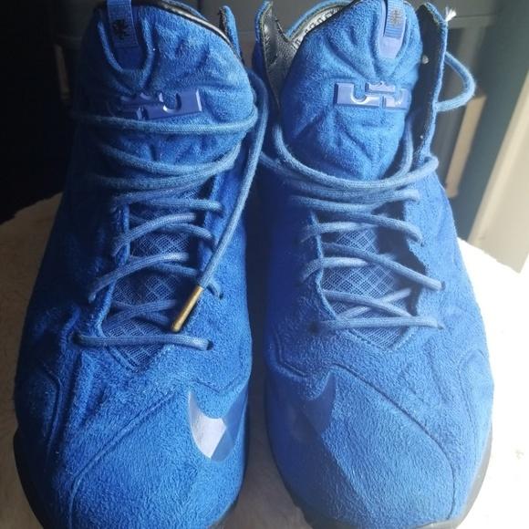 huge selection of 98d4e 6d6ba Nike Lebron 11 EXT 9 blue suede hi-tops. M 5bf5ae57534ef951a9b2864c